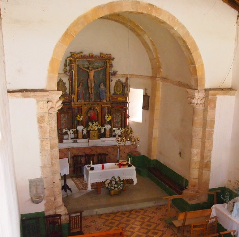 Arcos de Medio Punto y Altar mayor